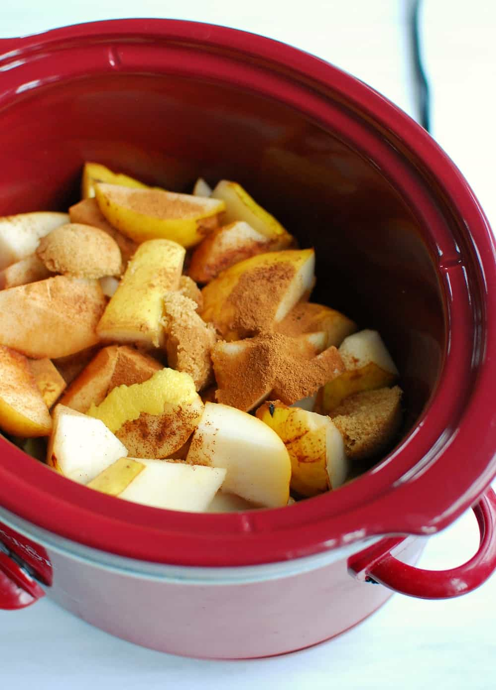 Ingredients for pear butter in the slow cooker